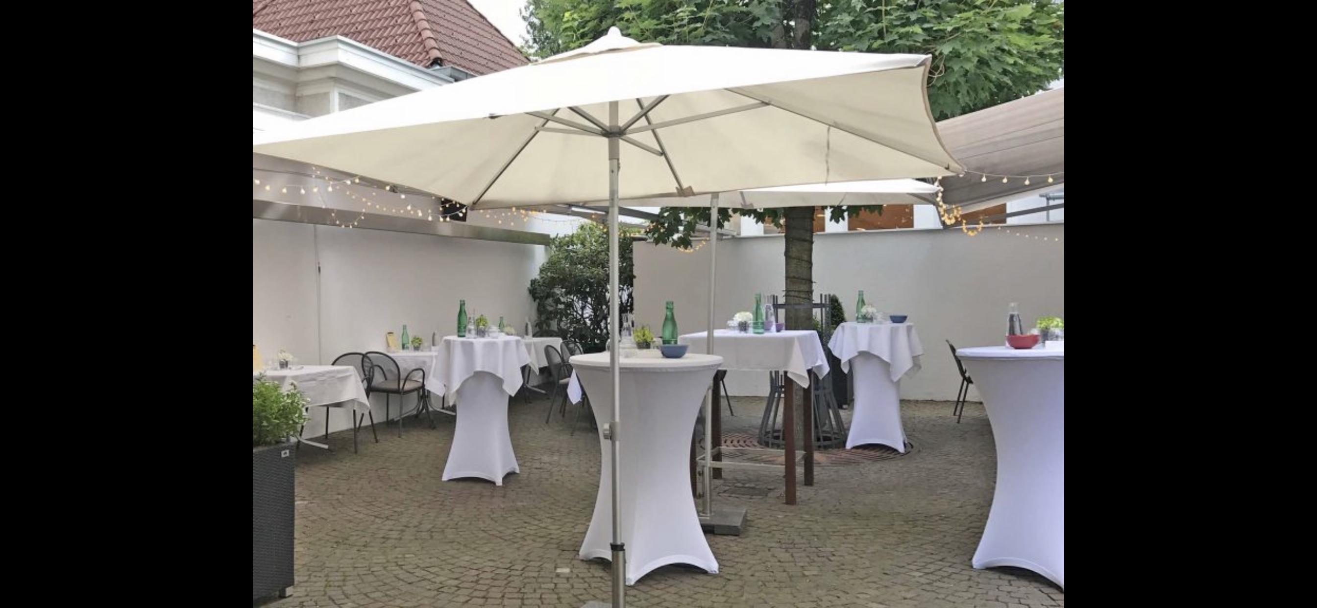 Hochzeiten und Geburtstage im Sommer stimmungsvoll feiern, bei uns mitten in der Stadt!